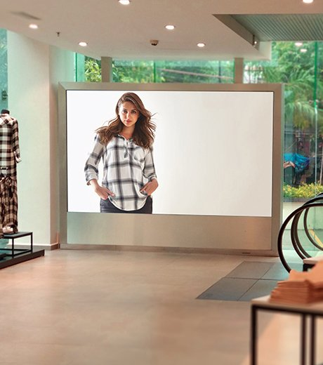 Retail LED Display solution