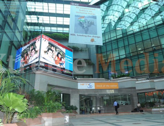 Indoor Entrance Screen for NSE Mumbai 02