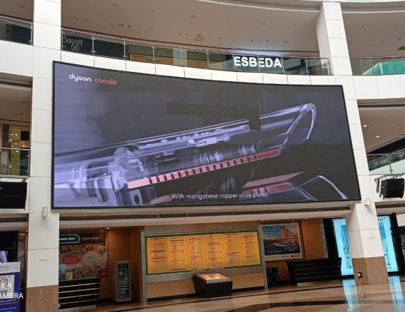 Large Screens Setup inside the mall for Orienta